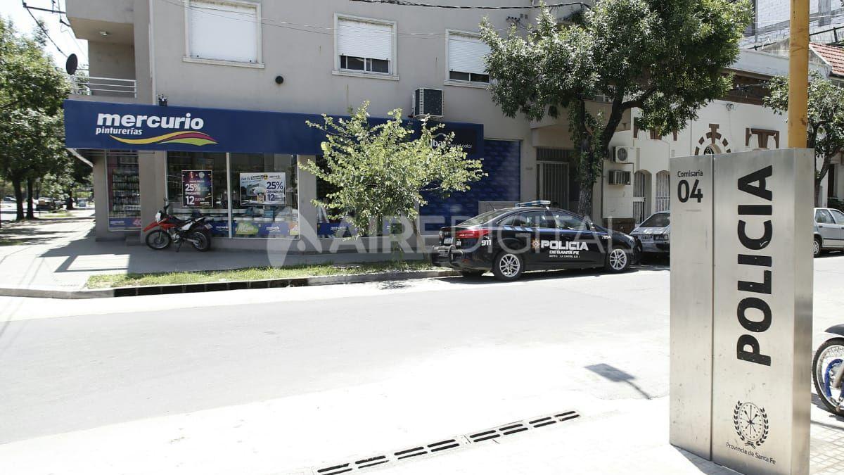 Robaron un local frente a una comisaría