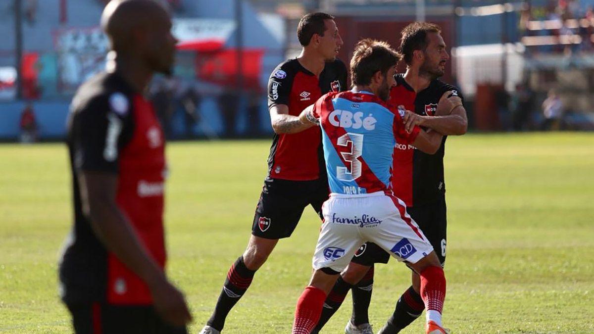 Arsenal y Newells repartieron puntos en Sarandí por la Superliga.