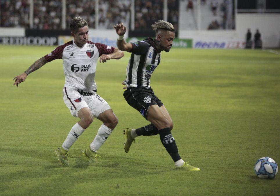 Sobre el final, Colón perdió por la mínima ante Central Córdoba