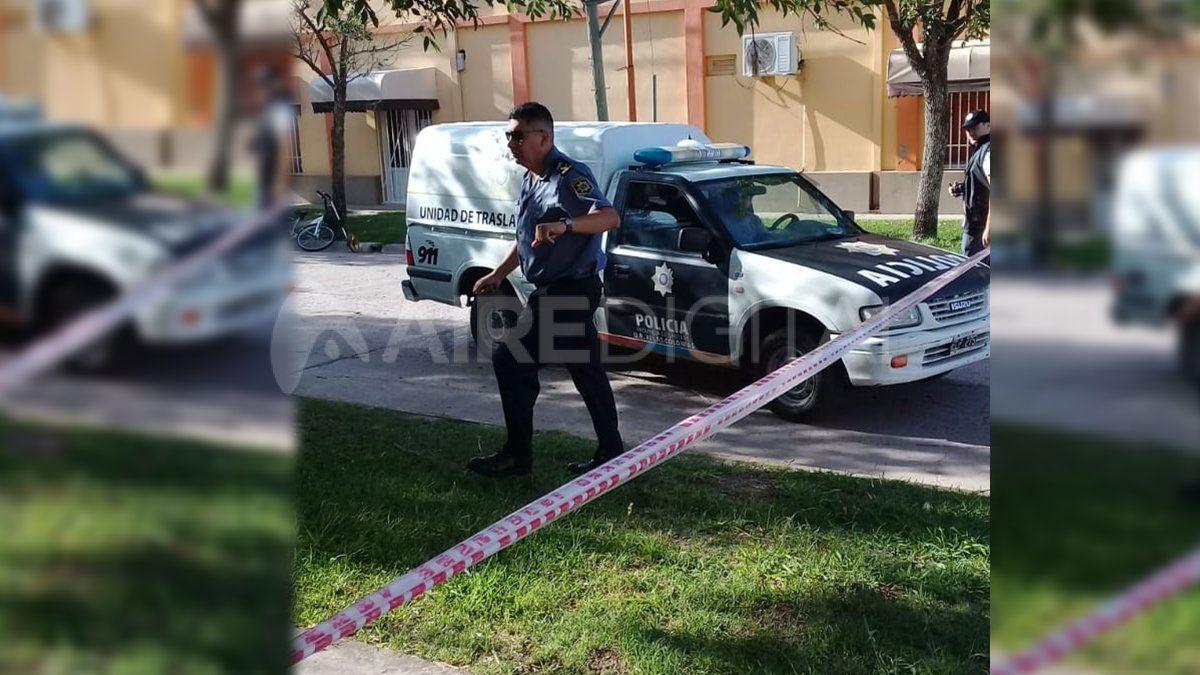 Cerca de las 7.30 personal policial arribó al lugar para peritar la zona.