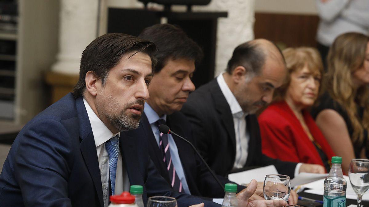 El ministro Nicolás Trotta se reunió con funcionarios provinciales antes del encuentro con los docentes.