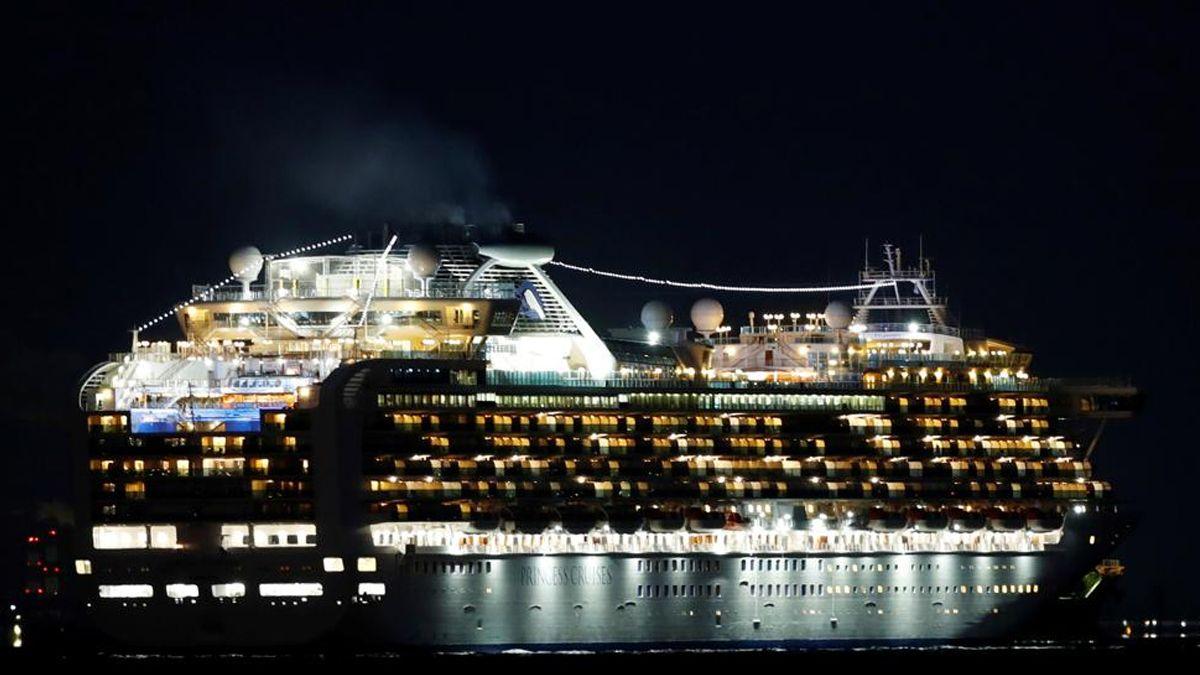 Japón dejó a 3.700 personas en cuarentena en un crucero en el que viajó una persona con coronavirus
