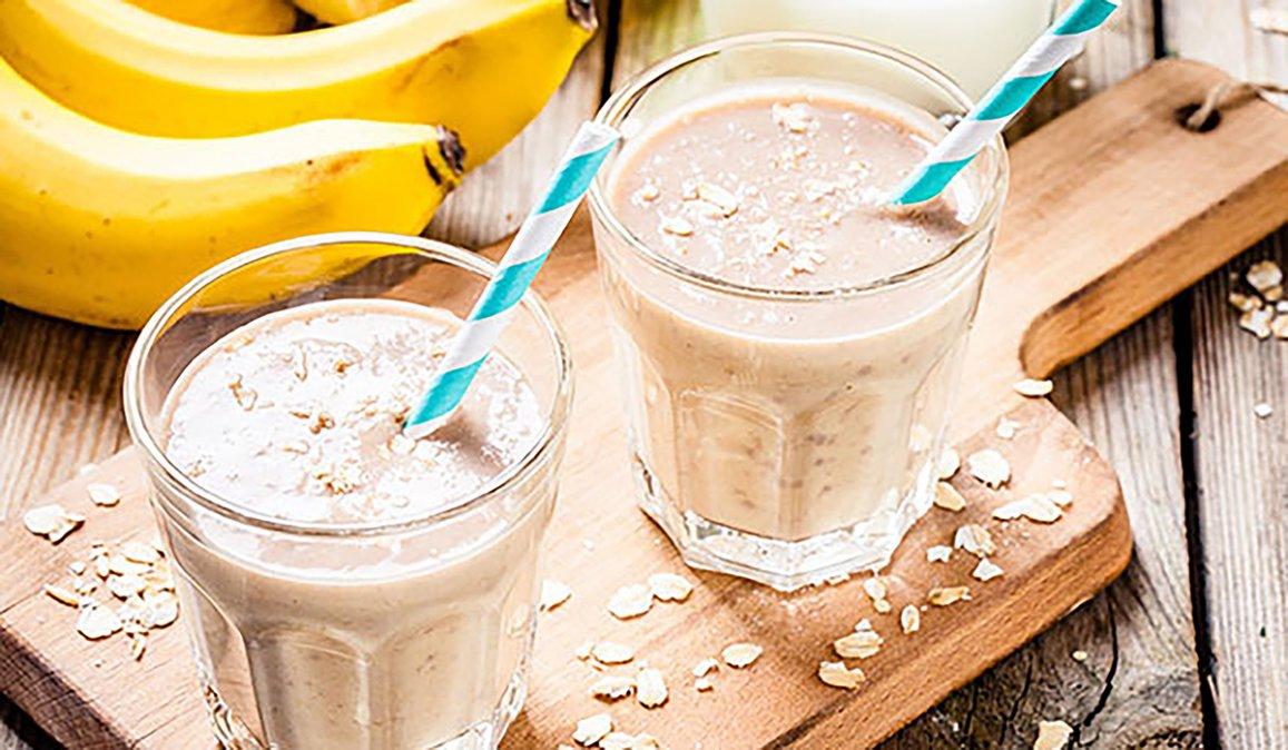 Licuados de avena y frutas para aumentar la masa muscular