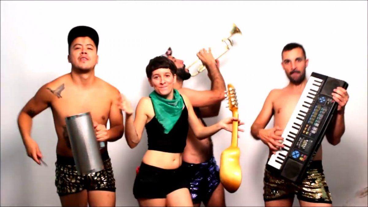 Sudor Marika estrena un documental sobre la banda