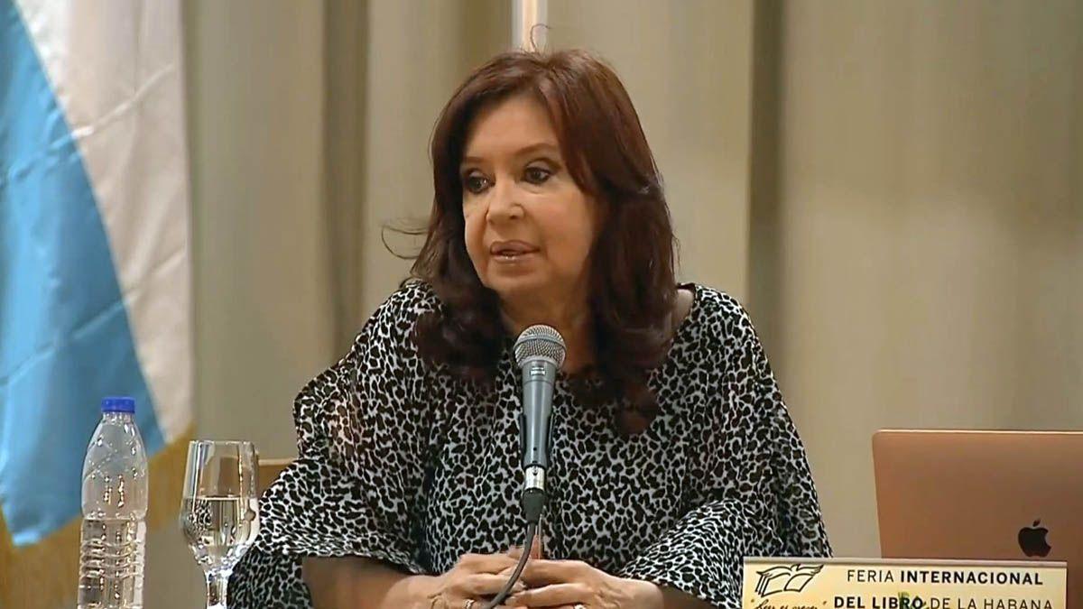 Cristina Kirchner presenta Sinceramente en la Feria Internacional del Libro de La Habana
