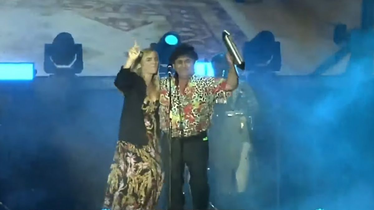 Los Palmeras hicieron bailar a una intendenta al ritmo del Aeea, yo soy Sabalero