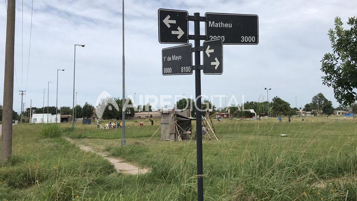 Los ocupantes de los terrenos de Vialidad esperan que las autoridades se acerquen para regular la situación
