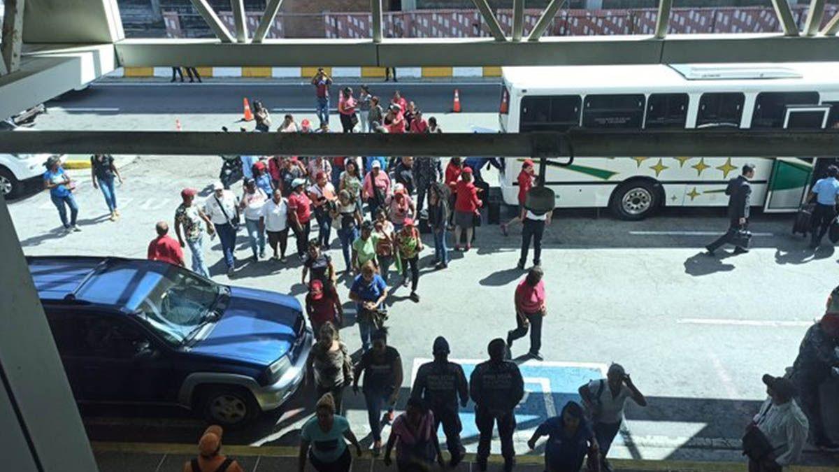 Incidentes en el aeropuerto donde se esperaba el regreso de Guaidó a Venezuela