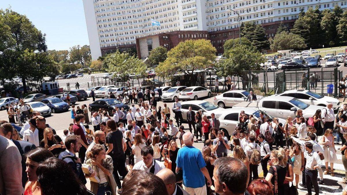 Este miércoles evacuaron los tribunales de Comodoro Py.