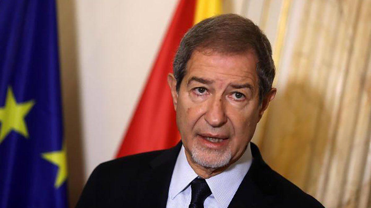 El presidente de la región de Sicilia