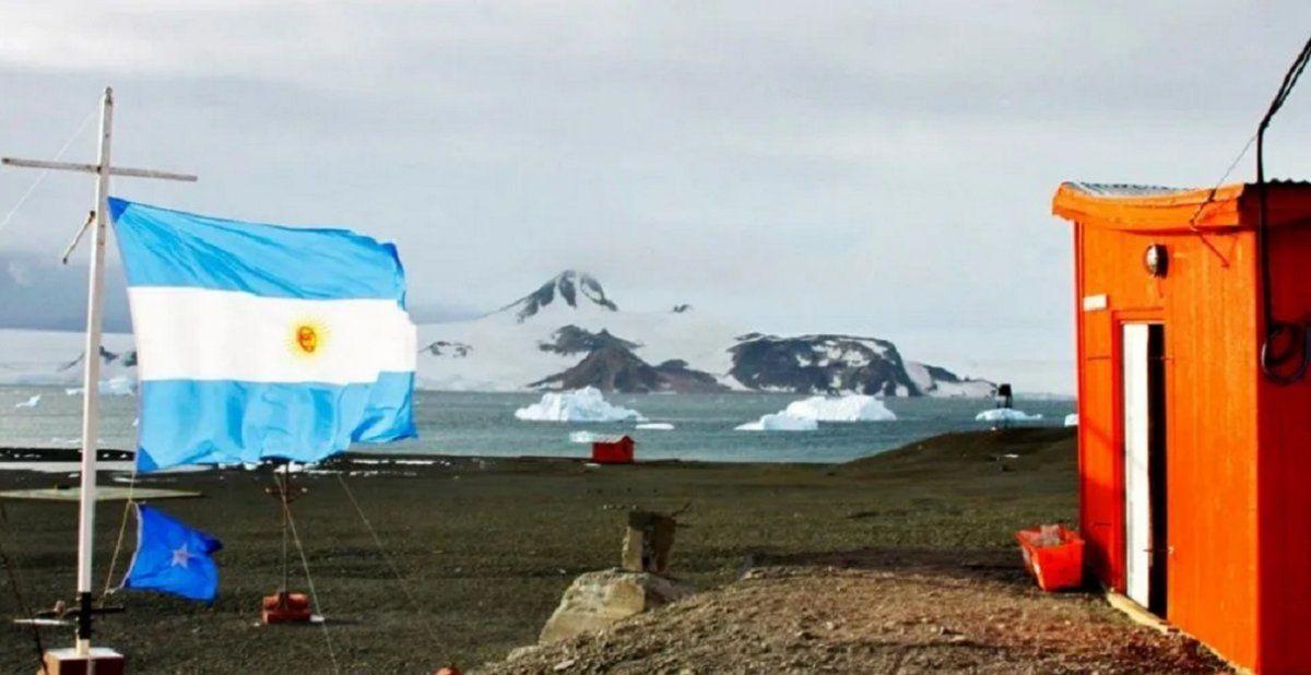 Se registró la temperatura más alta en 40 años y la Antártida se está derritiendo