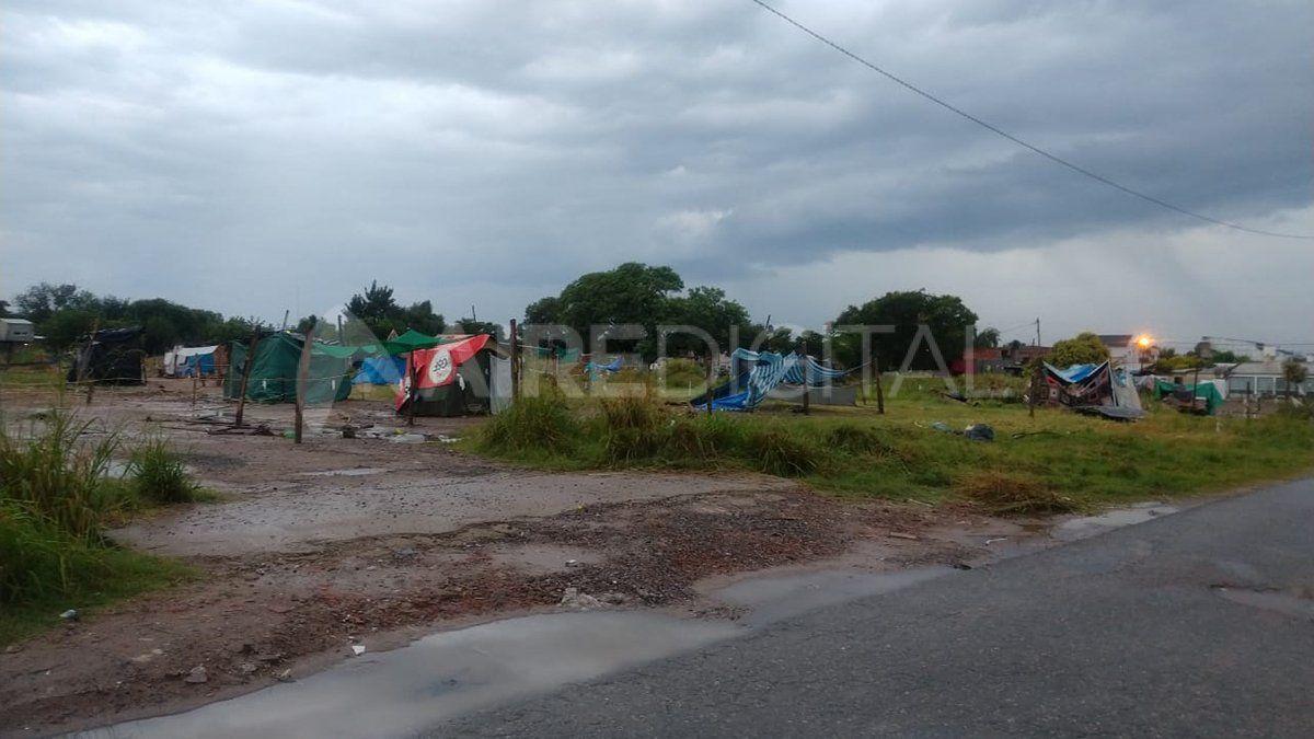 40 familias continúan usurpando los terrenos