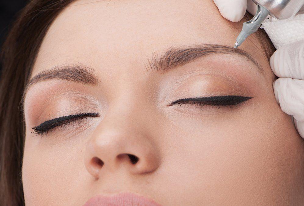 ¿En qué consiste el Microblading, el tratamiento para tener cejas perfectas?