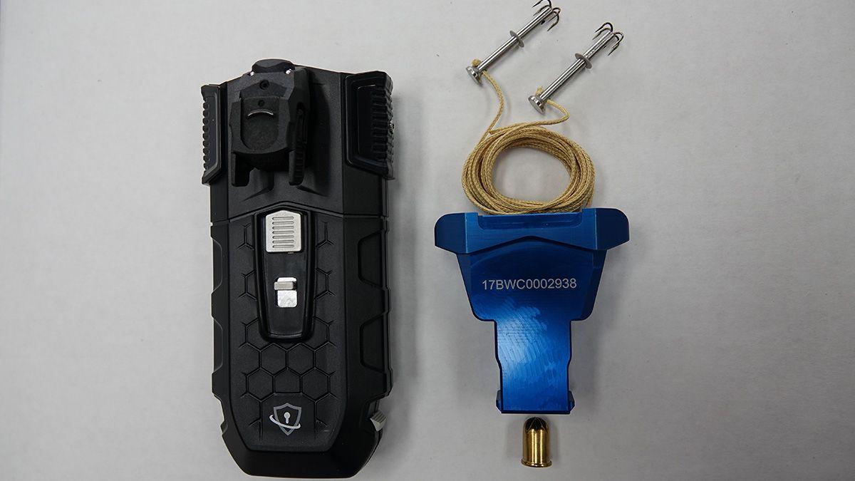 Aclaran que la Policía de Santa Fe no incorporó las boleadoras modernas, sino que sólo se evalúa equipamiento no letal