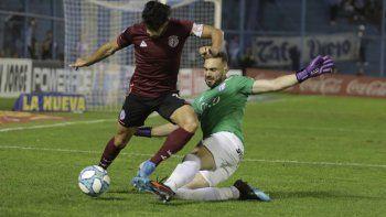 Atlético Tucumán y Lanús igualaron 2-2 en un partido disputado en todo el campo