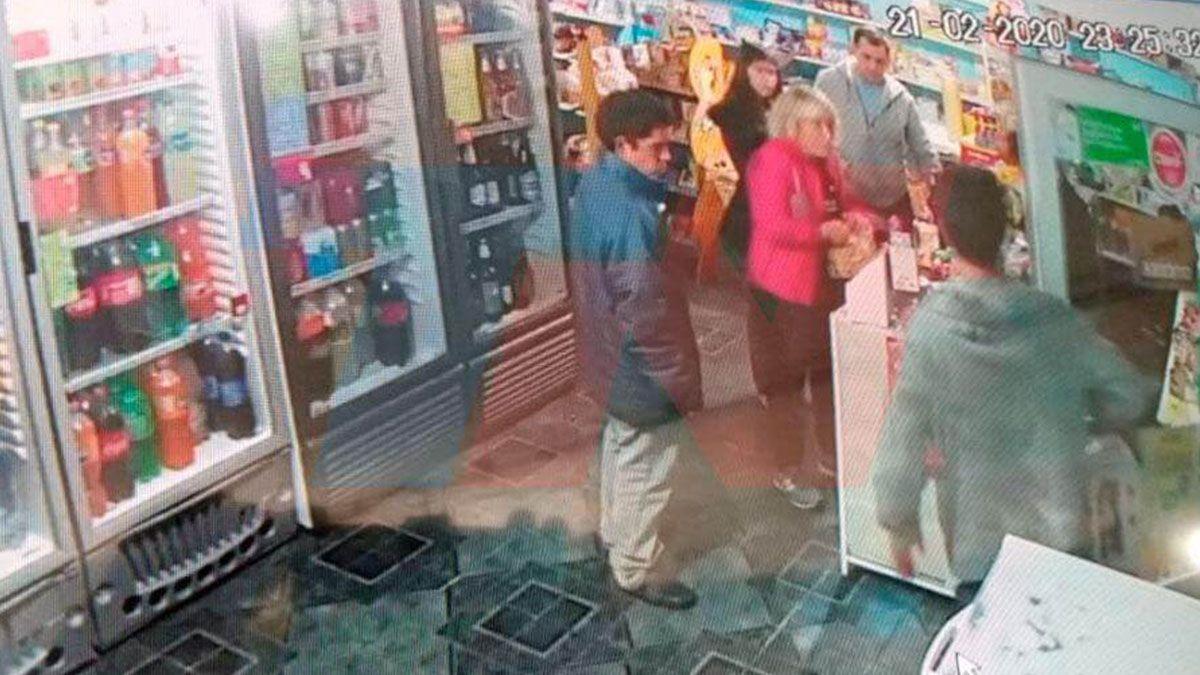 El acusado fue a comprar vino horas después de atacar a la turista. (Foto: TN).