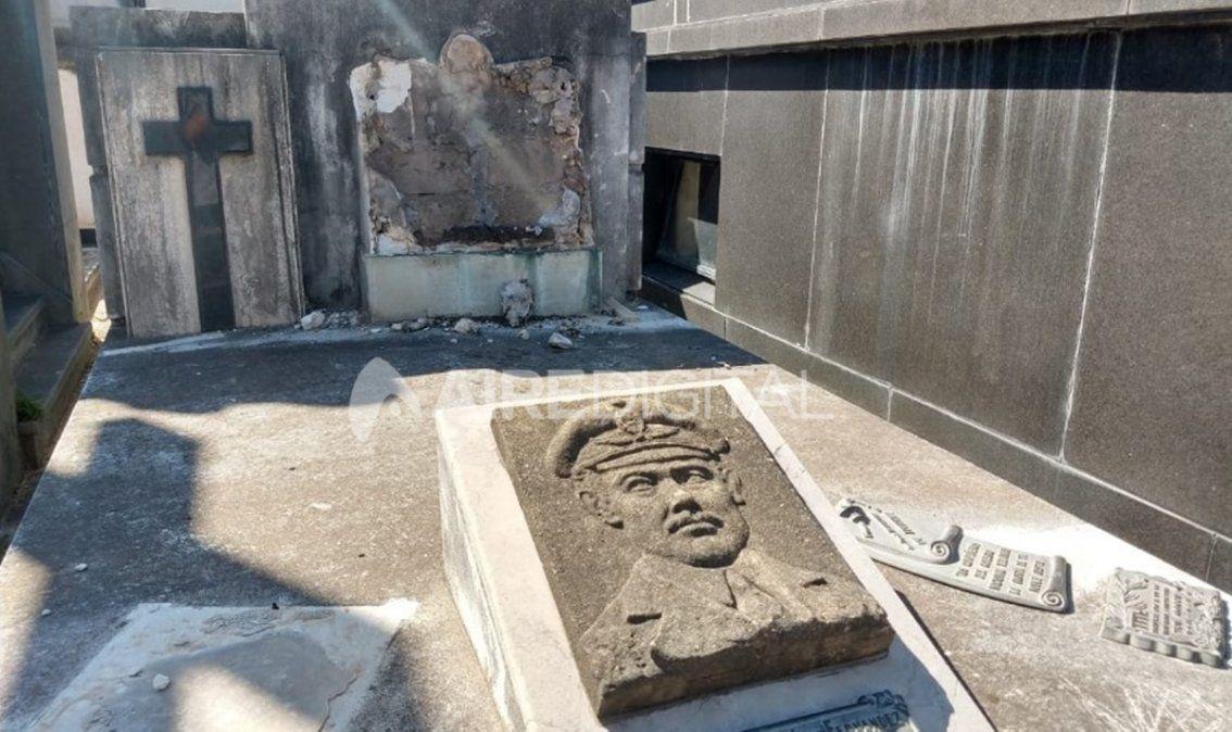 Cementerio Municipal: los ladrones no respetan ni las placas de los muertos