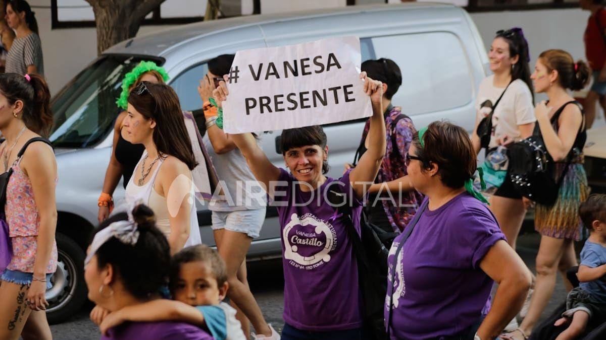 Así se vivió la multitudinaria manifestación por el 8M en Santa Fe