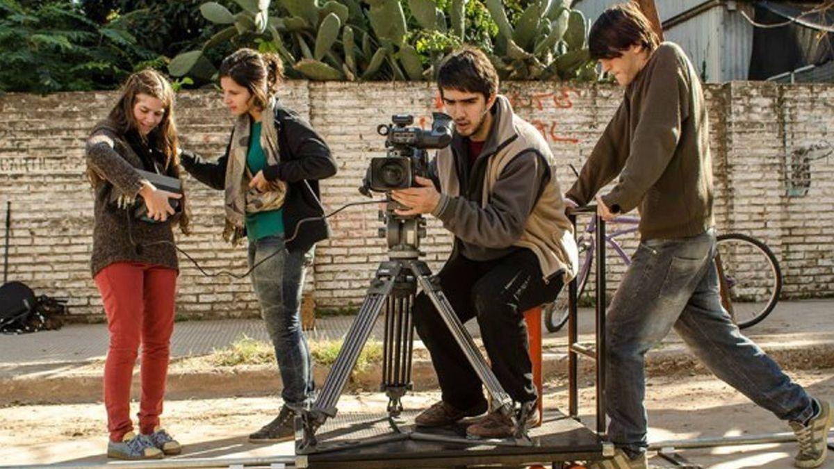 Para pasar la cuarentena, la UNL ofrece más de 50 películas gratuitas