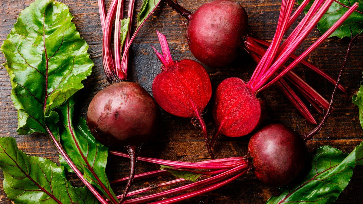 Beneficios que obtiene nuestro cuerpo cuando comemos remolacha