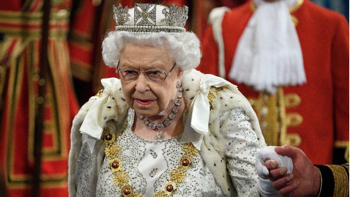 Coronavirus en Inglaterra: la enfermedad entró en el palacio de Buckingham y temen por la reina