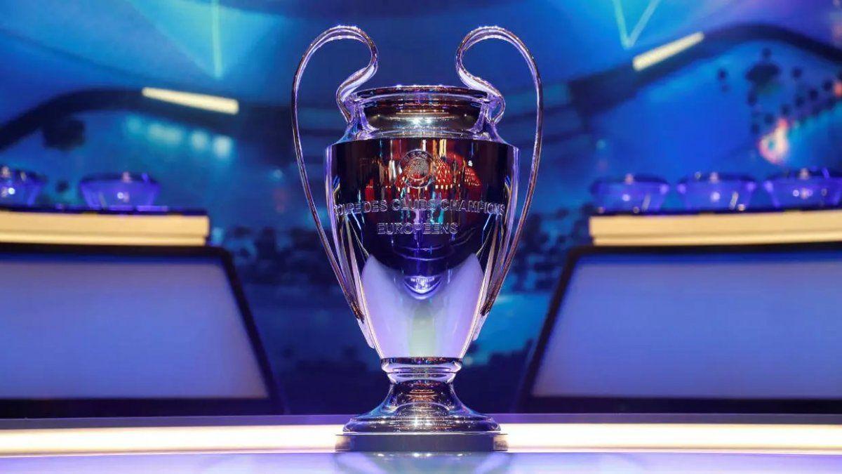UEFA pospuso las finales de sus competiciones por el coronavirus