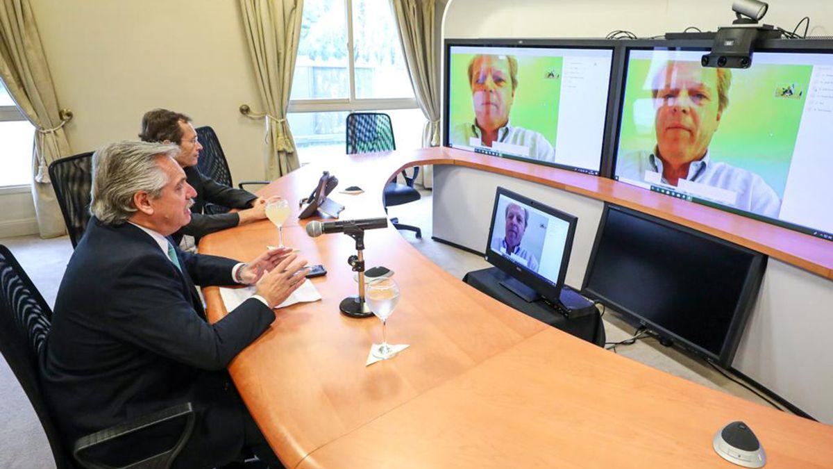 Alberto Fernándezmantuvo este miércoles en laQuinta de Olivosuna videoconferencia con el vicepresidente delBanco Mundial
