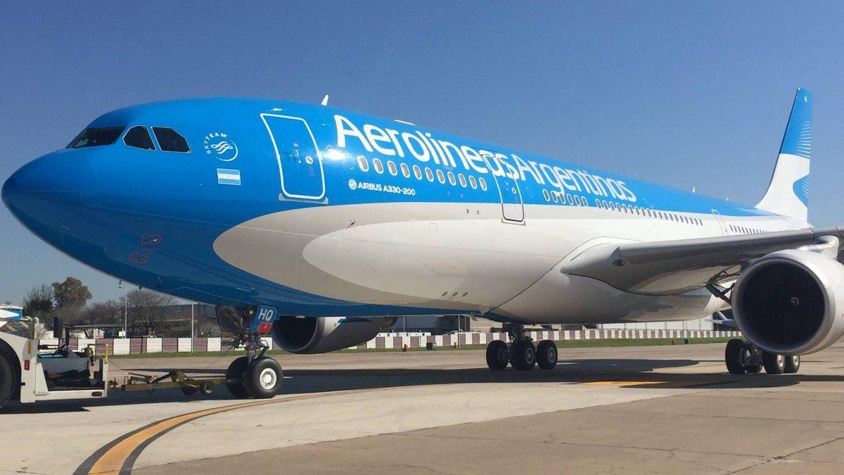 Aerolíneas Argentinas es una de las pocas empresas que circula durante la pandemia.