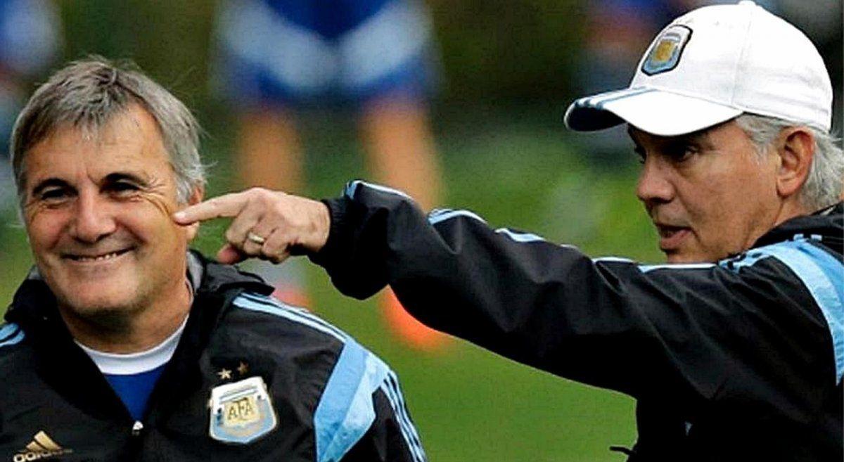 Claudio Gugnali con Sabela en la Selección.