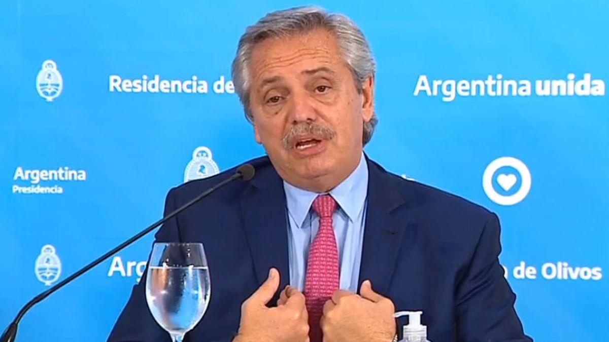 Fernández confirmó que la cuarentena sigue y que habrá controles más estrictos