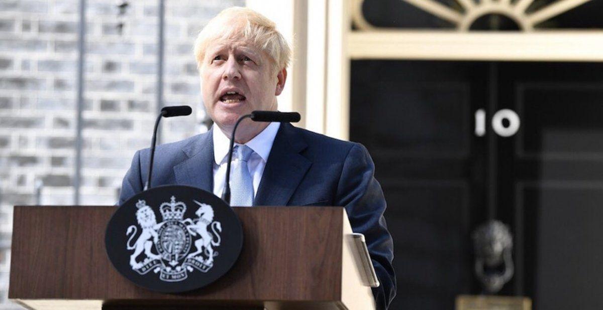 Boris Johnson empeoró y fue ingresado a terapia intensiva