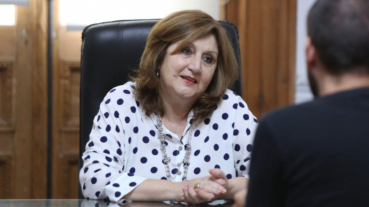 Adriana Cantero, ministra de Educación de Santa Fe.