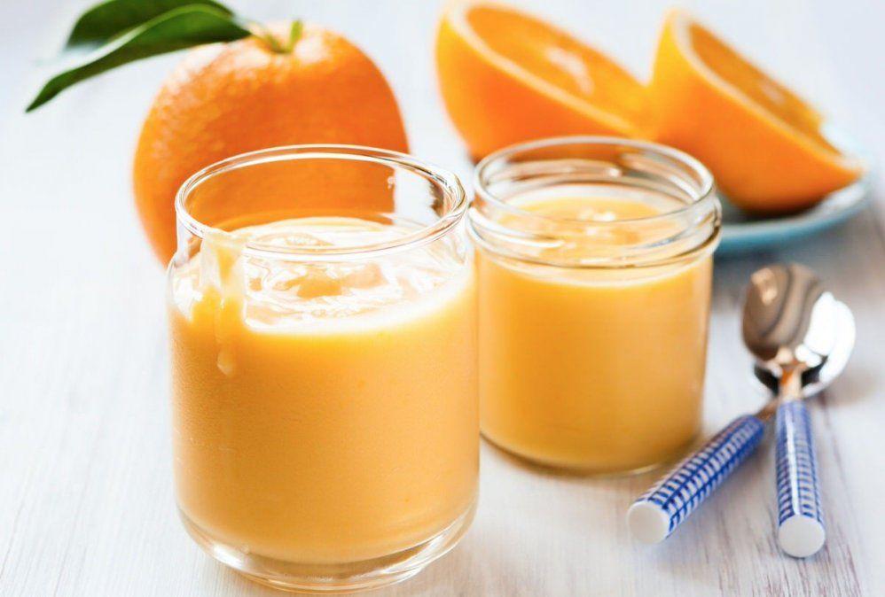 Mousse de naranja deliciosa y liviana para cualquier momento del día.