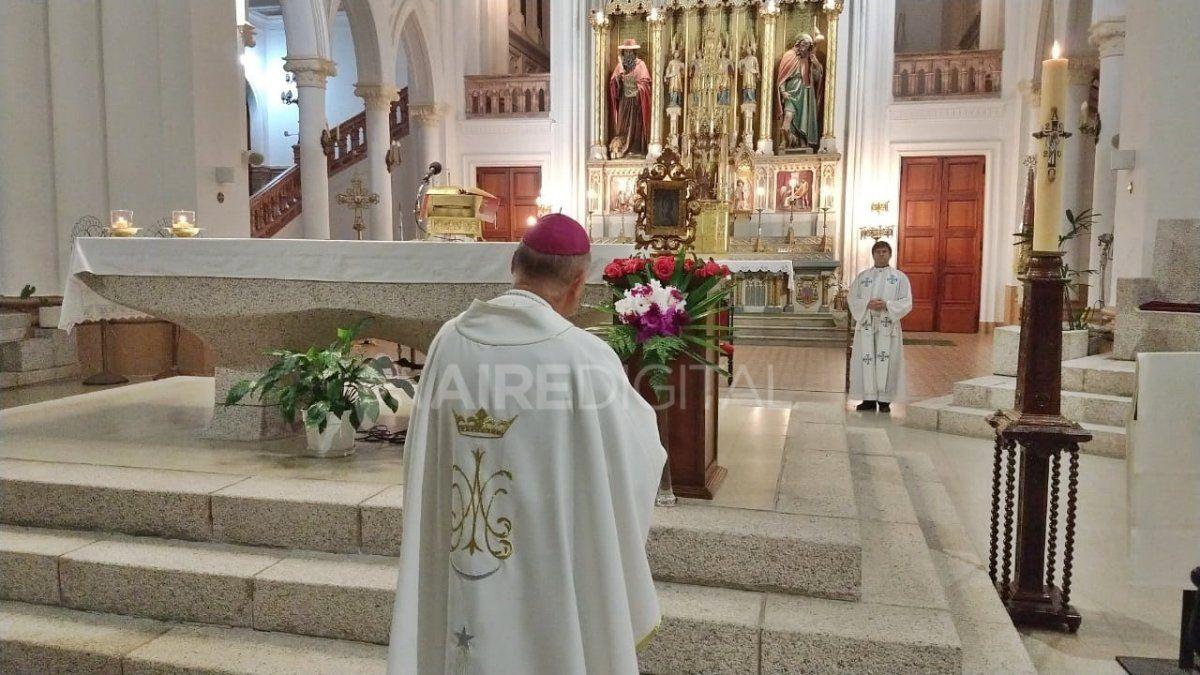 La estampa fue bendecida por el Arzobispo de Santa Fe