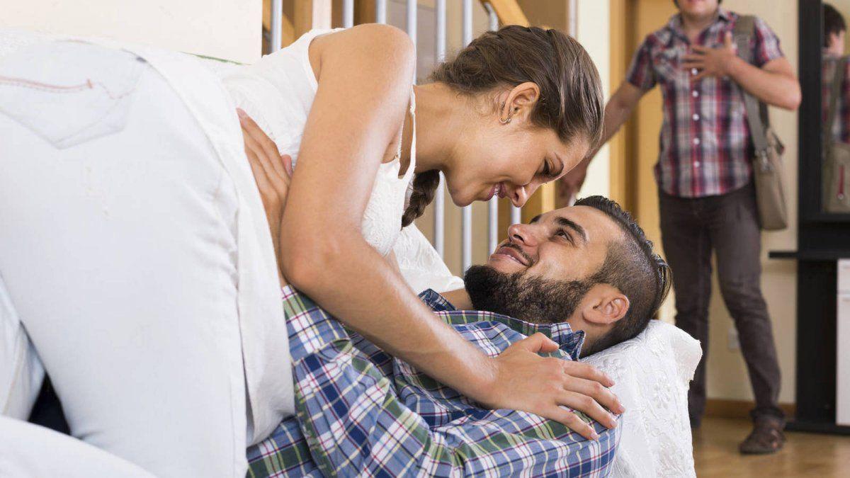 Nunca es suficiente tu palabra, en la gran mayoría de los casos deben demostrar que en realidad están siendo fieles a su pareja; pero de acuerdo a lo que los astros mencionan, estos son quienes ponen el cuerno fácilmente