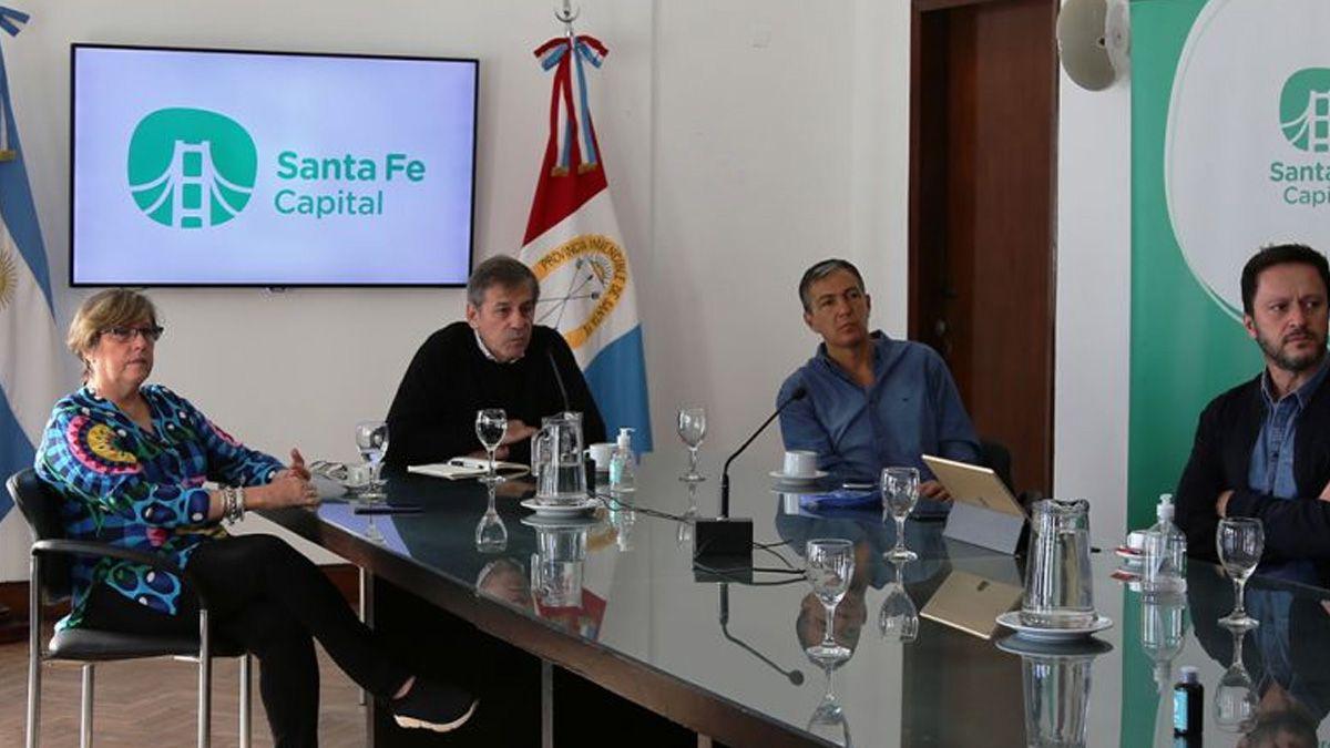 Jatón encabezóun encuentro con representantes de la construcción y autoridades provinciales