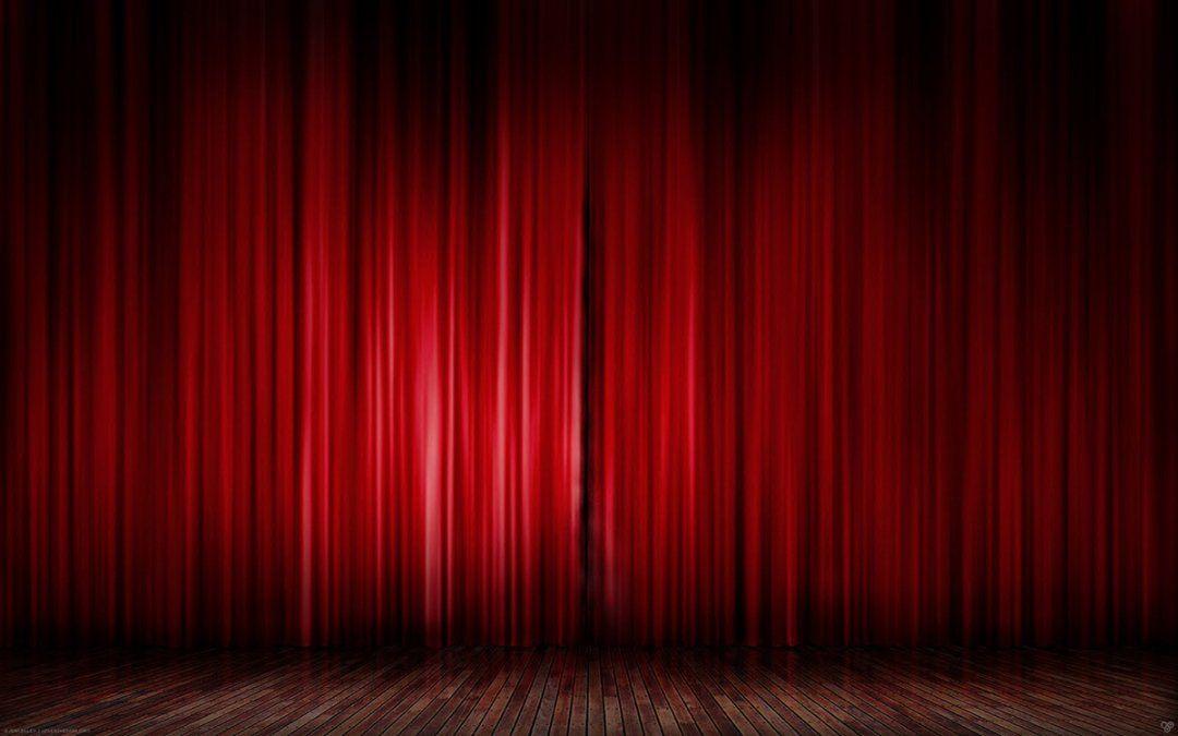 Los telones de los escenarios se abrirán nuevamente para mostrar a los músicos tocando en el mismo espacio físico con distancias de dos metros entre cada uno de ellos por el coronavirus.