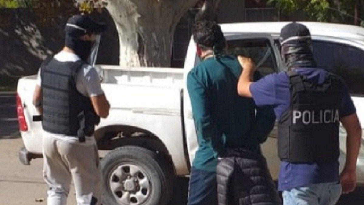 Uno de los detenidos en el allanamiento