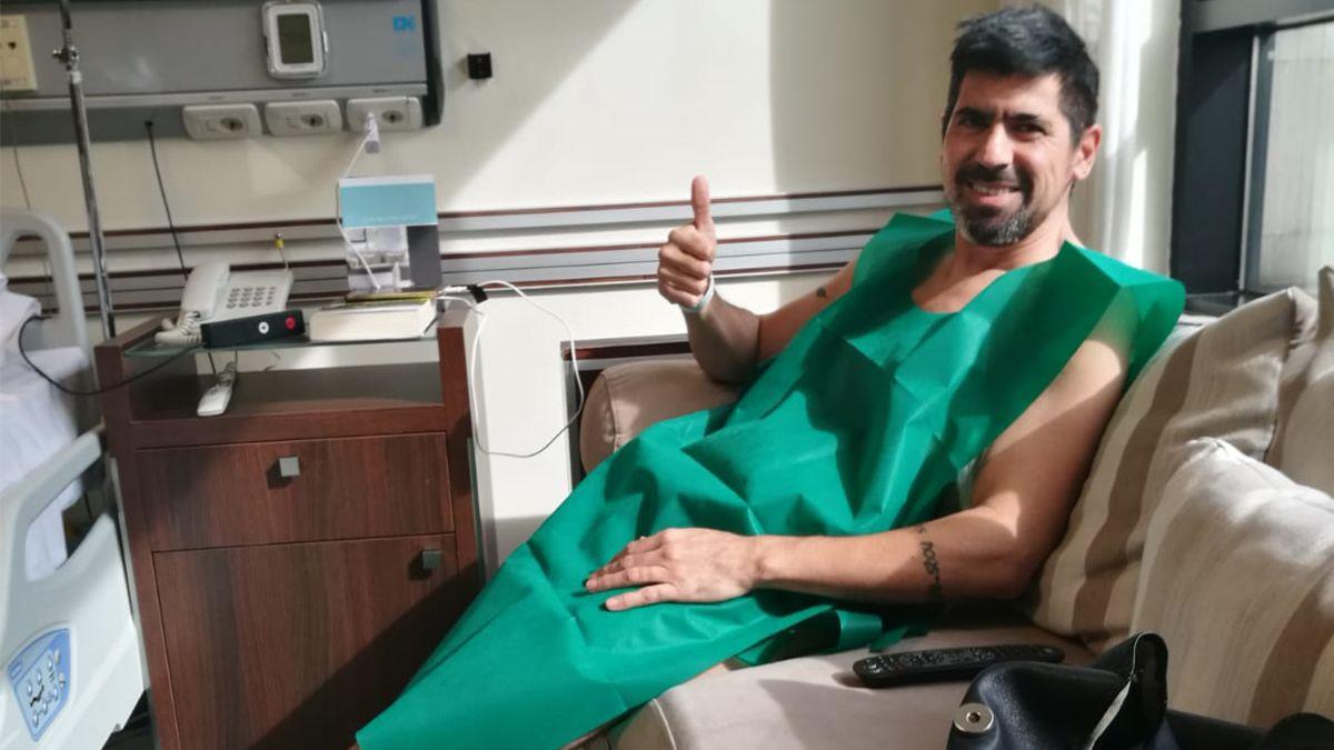 El lateral campeón con Independiente en 2002 utilizó su cuenta de Twitter para dar a conocer que superó el cáncer de colon.