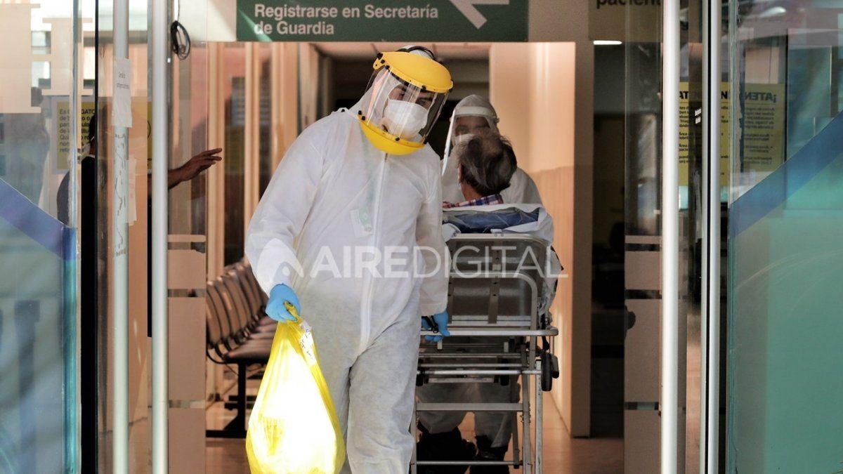 El reporte nacional arrojó 704 nuevos infectados por Covid 19. En las últimas 24 horas se registraron 12 muertes.