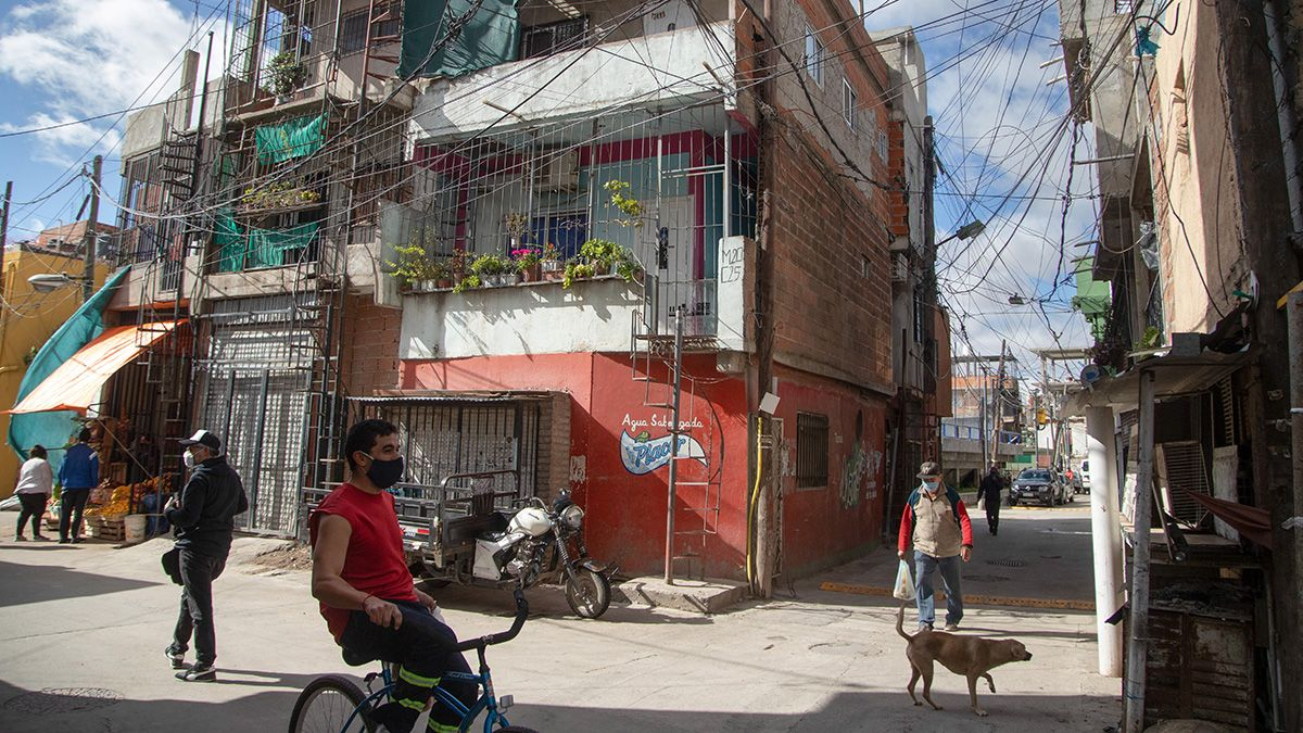 El coronavirus invade los barrios más vulnerables de la Ciudad de Buenos Aires.