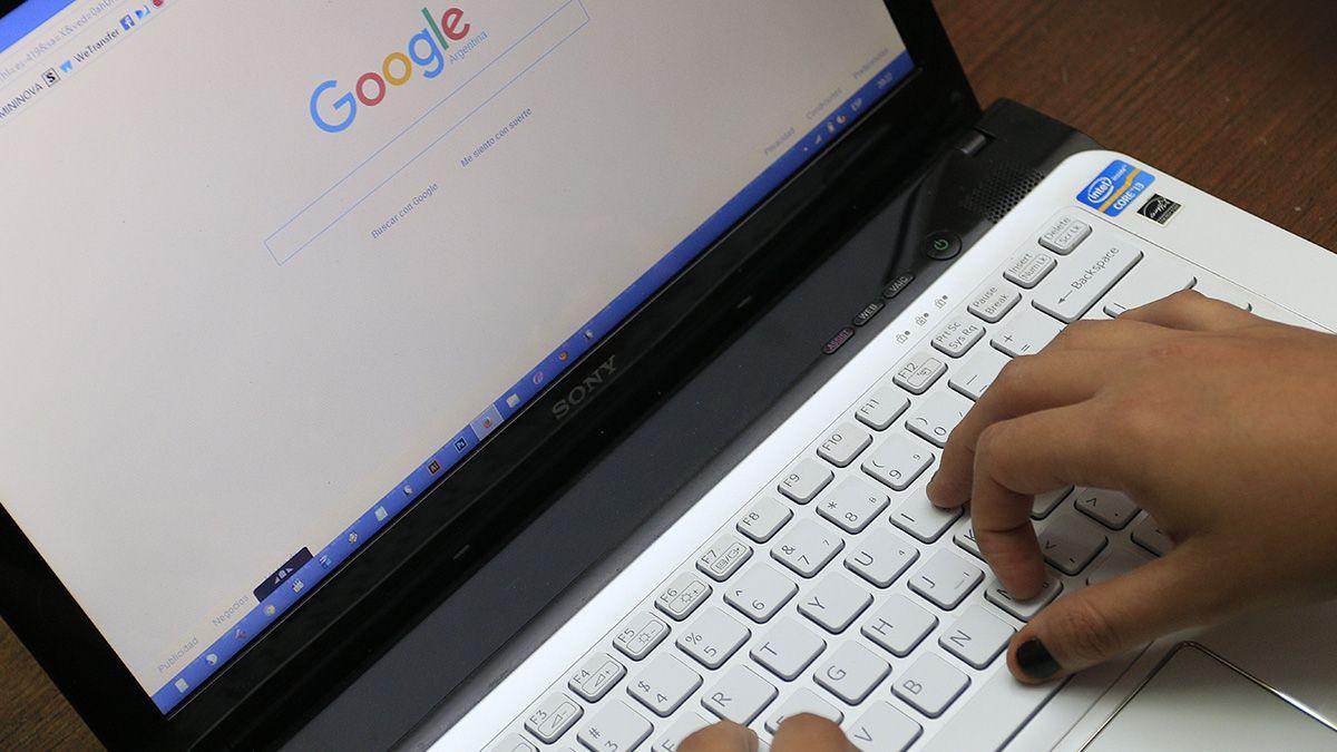 Los expertos recomiendan mantener actualizados los antivirus en todos los dispositivos electrónicos.