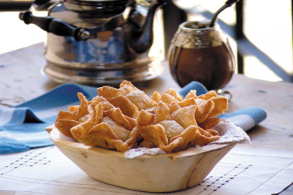 Pastelitos fritos de membrillo y batata.