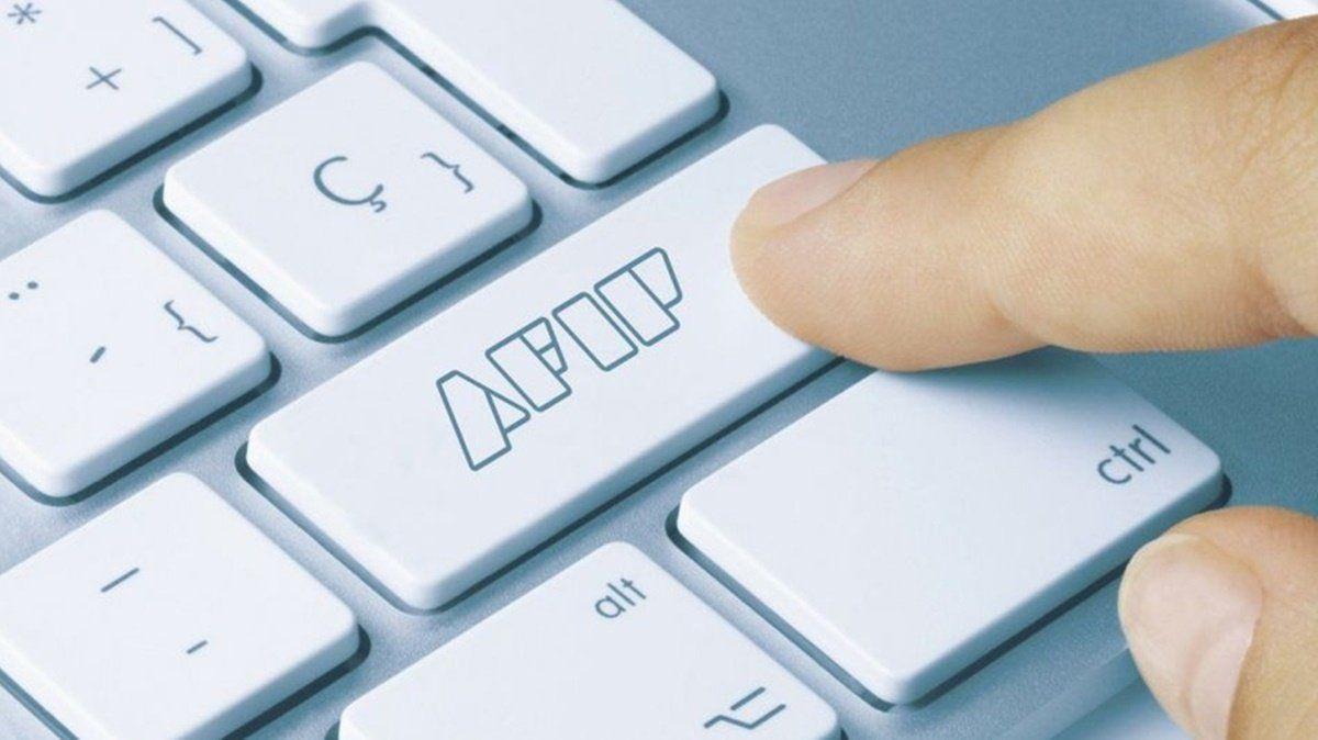 Afip prorrogó hasta el fines de septiembre el plazo para solicitar los créditos sin interés para monotributistas y autónomos.