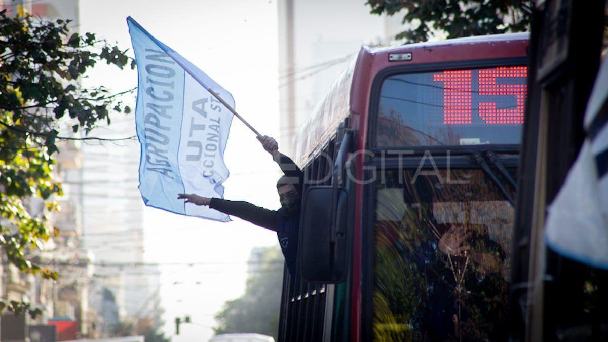 Los choferes de colectivos se reunieron en Casa de Gobierno