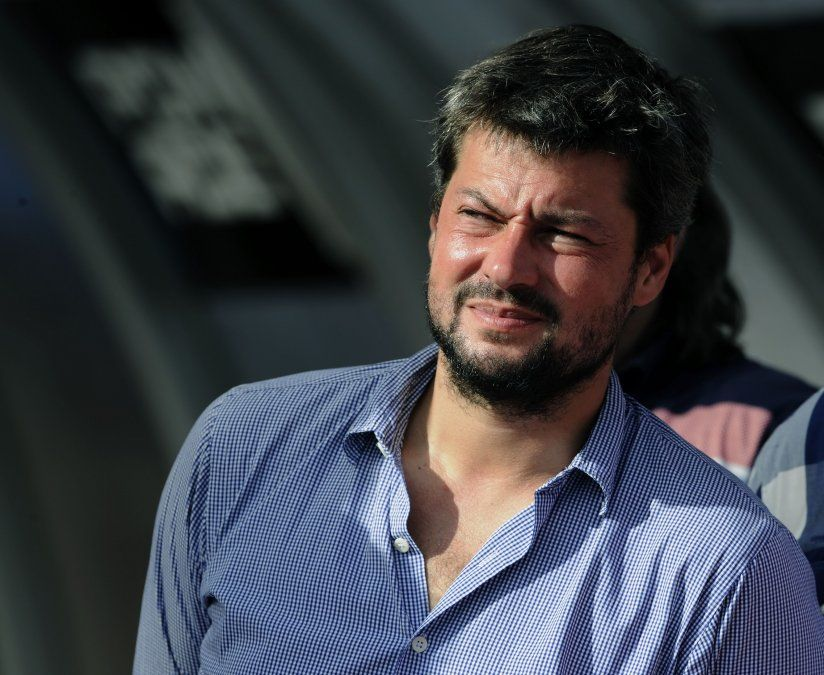 El ex presidente de San Lorenzo ve difícil la vuelta al fútbol en Argentina en el corto plazo.
