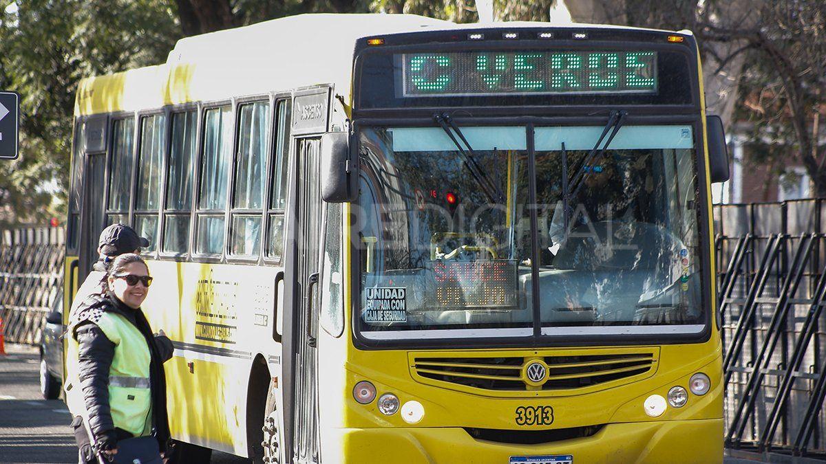 Con el aporte de provincia se garantiza el servicio de transporte interurbano.