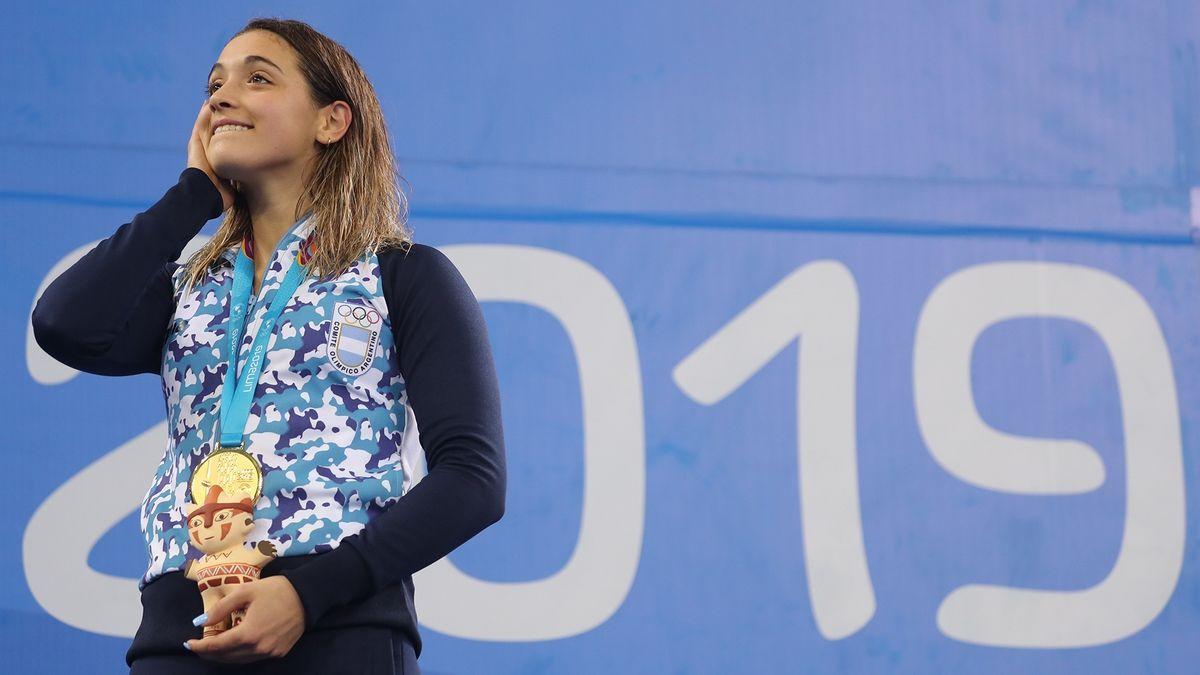 La nadadora de 20 años analiza dejar de nadar si la cuarentena se extiende y le imposibilita entrenar para los Juegos Olímpicos de Tokio 2021.