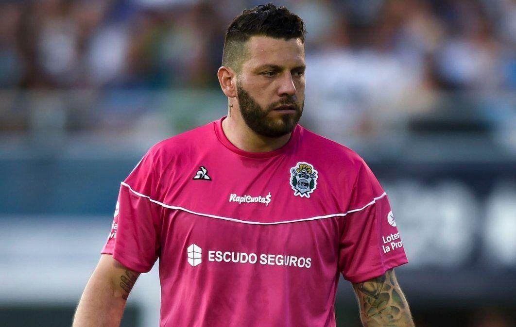 El ex arquero no renovó con Gimnasia y Esgrima de La Plata y reconoció que se mostraría dispuesto a sumarse a Boca.