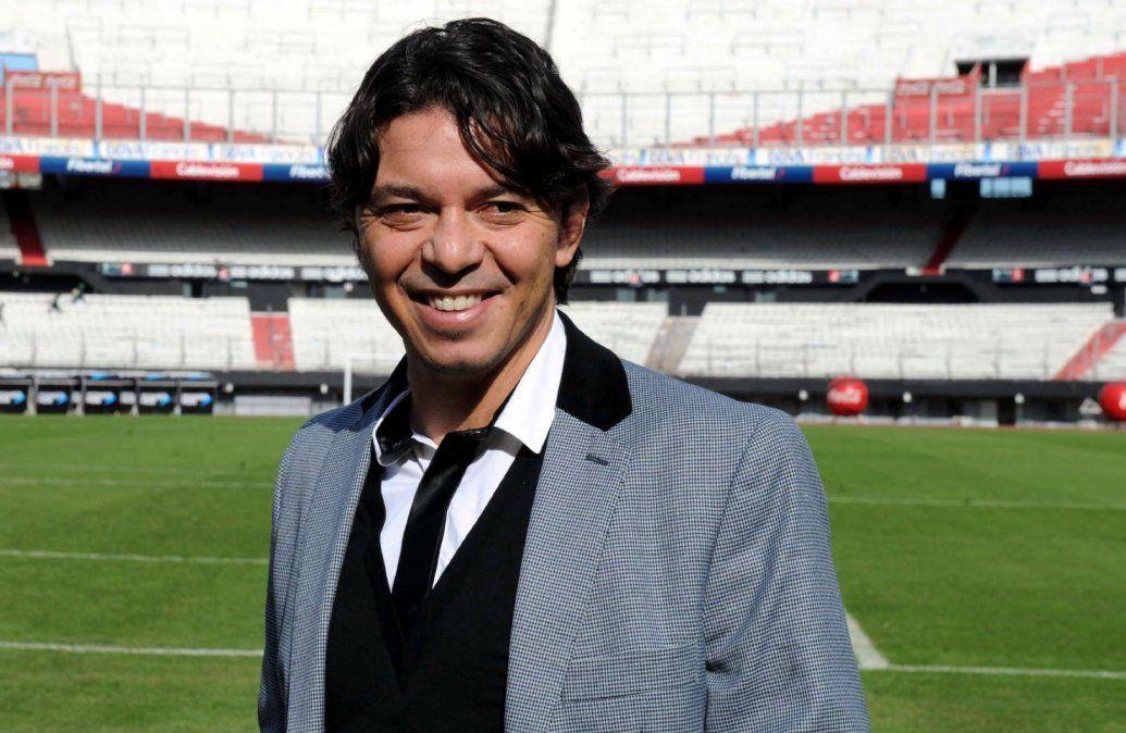 Marcelo Gallardo asumió en River para ocupar el lugar que dejó otro ídolo